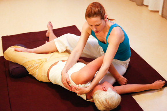 Thai-Yoga-Massage-2